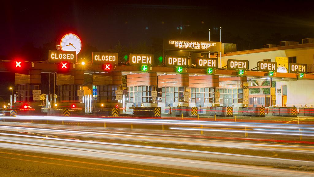 Golden Gate Toll Booths_04197375_04 -_