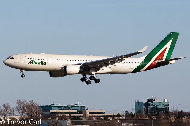 Alitalia   EI-EJJ   Airbus A330-202   YYZ   CYYZ