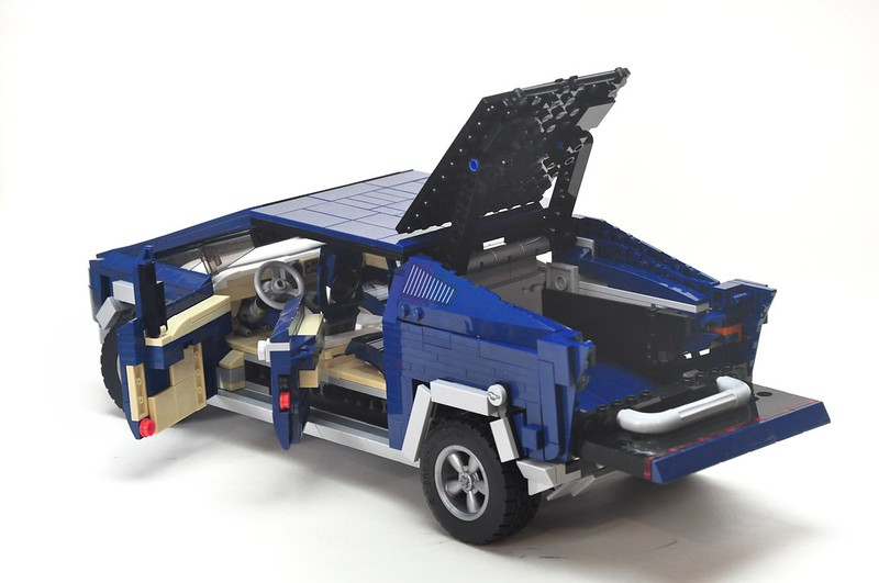 Cybertruck: alternate build. for the Ford Mustang set ????????