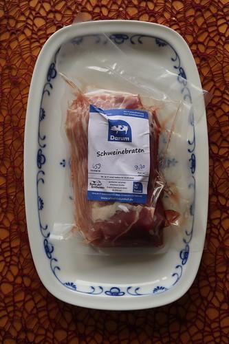 Schweinebraten vom Bunten Bentheimer Schwein (am Vortag erworben im Hofladen des Schlehbaumhofs)