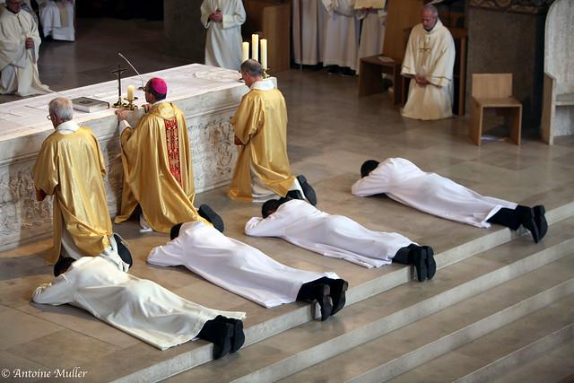 Ordination Diaconale - Cathédrale de Nanterre 19 Oct. 2019