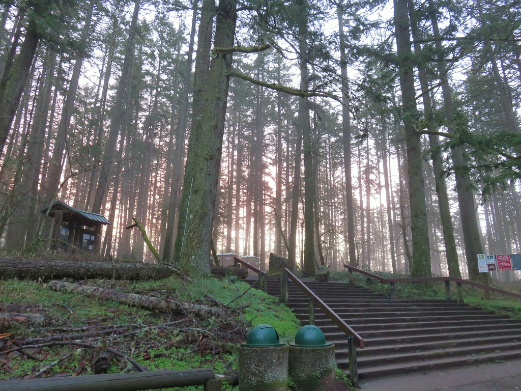 Spencer Butte Trailhead