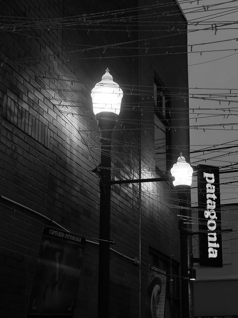 Street lights in BW, Walnut Street, Pittsburgh, Pennsylvania
