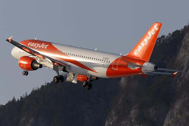 G-EZUT easyJet Airline A320-200 Innsbruck Airport