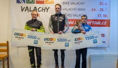 Noční stopu Valachy, která se kvůli počasí málem nekonala, vyhrál Jan Bartoň