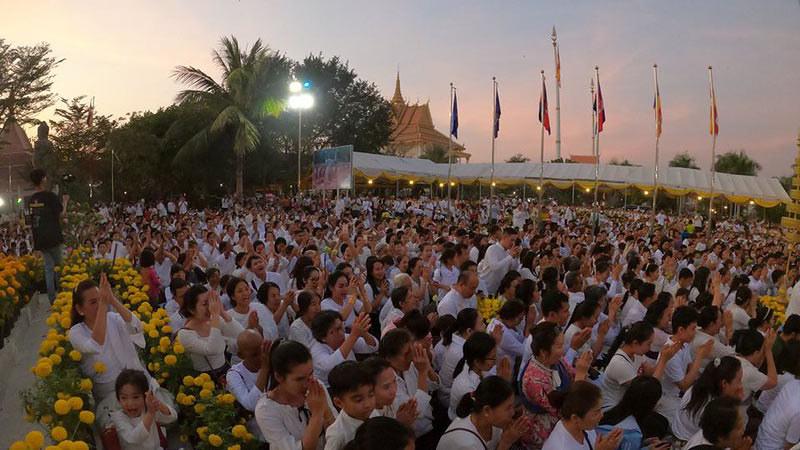 Buddhis Kamboja Rayakan Magha Puja 2563 EB