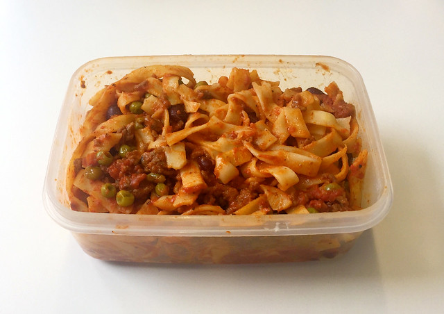 Tagliatelle with mincemeat tomato sauce - Leftovers / Tagliatelle mit Hackfleisch-Tomatensauce - Resteverbrauch