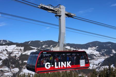 Propojovací kyvadlová lanovka G-Link ve Wagrainu