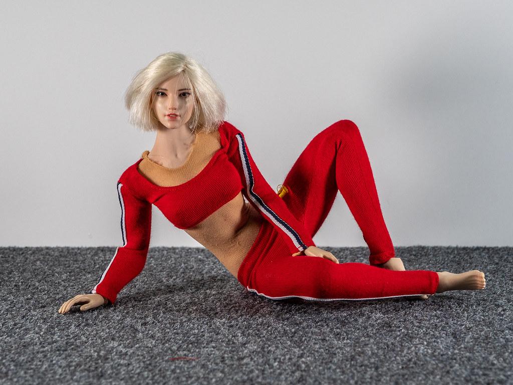 Phicen Female Posing Guide 49516877628_5dfbb730d2_b