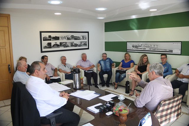 10/02/2020 Reunião Prefeitura de Não-me-toque com prefeito, Pedro Paulo e equipe técnica