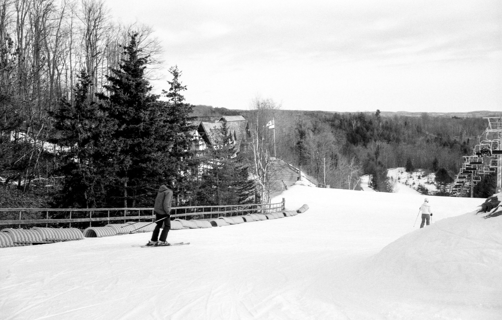 Skiing Down Eaton's Annex Feb 2020