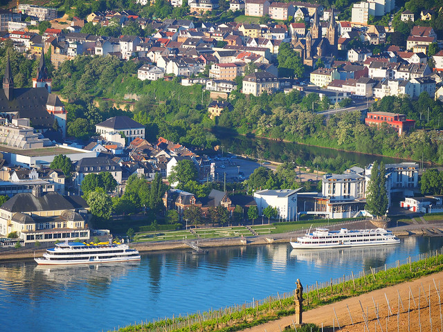 View onto Bingen on the River Rhine, Germany - also called the Gate to the UNESCO Cultural World Heritage of the Oberes Mittelrheintal from Ruedesheim to Koblenz