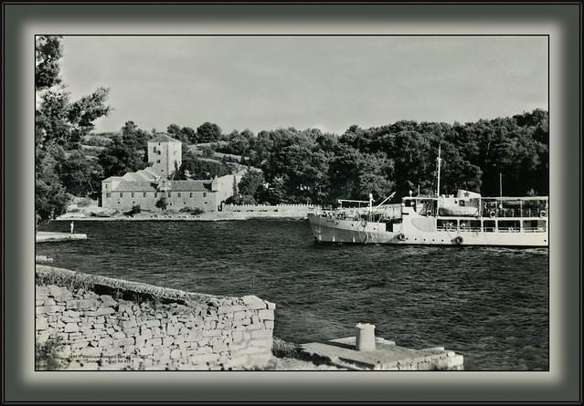 Maslinica. Šolta. Postcard sent 29.VIII.1963. Snimak J. Kopač RA 912 7493 R