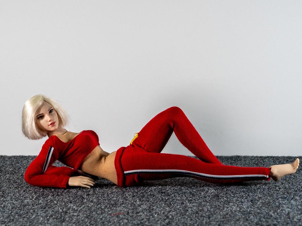 Phicen Female Posing Guide 49517617957_72ec6ed885_b
