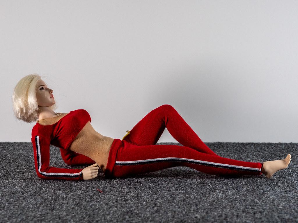 Phicen Female Posing Guide 49517618832_aae26b6a0c_b