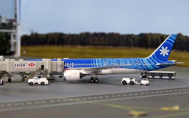 Air Tahiti Nui Boeing 787-9 F-OVAA @ Xin Long Intnl Airport