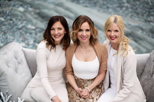 Ennis sisters photo 2