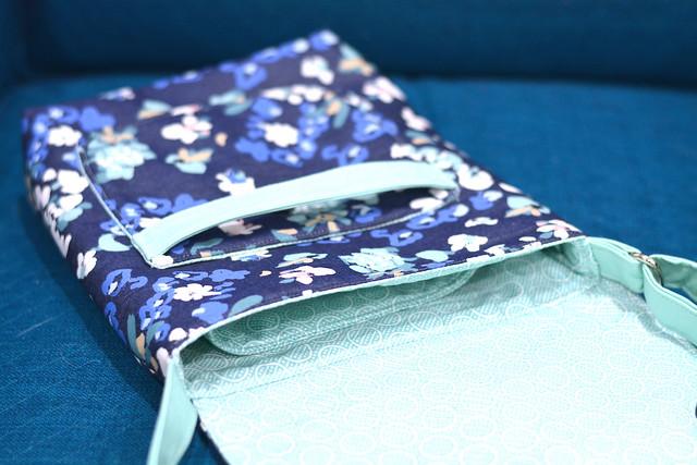 Tablet Shoulder Bag