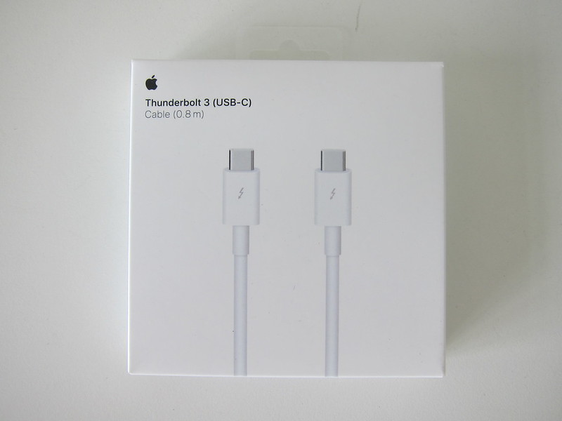 Apple Thunderbolt 3 (USB-C) Cable (0.8m) - Box Front