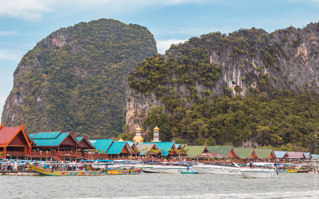 Koh-Panyi-Sea-Gypsy-Floating-Village-Thailand-9088