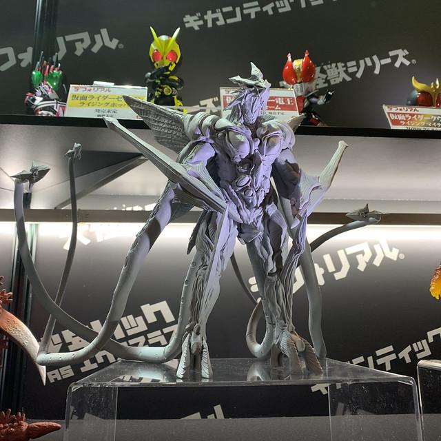 【WF2020冬】X-PLUS(株式会社エクスプラス) 多款《哥吉拉》、《超人力霸王》、《假面騎士》、特攝作品相關新作原型公開!