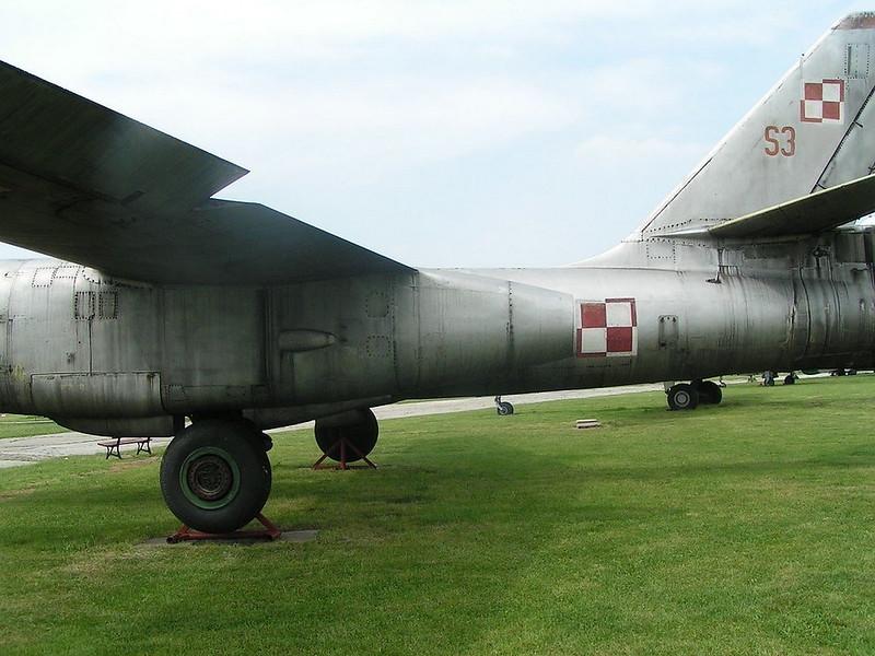 Iliushin Il-28 3
