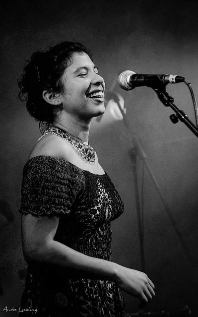 Alejandra Charry, groupe Yapunto