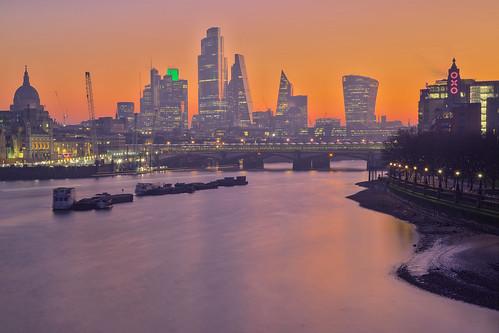 london sunrise waterloobridge cityoflondon thames oxotower stpaulscathedral andreapucci