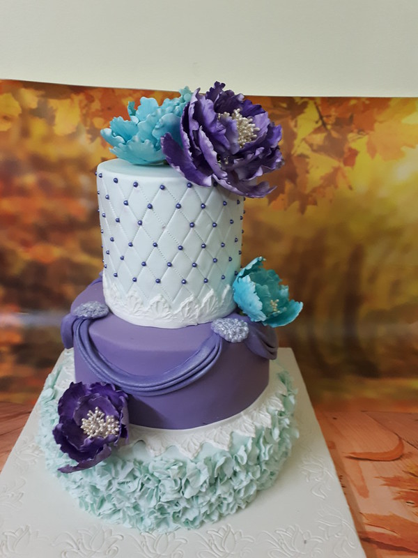 Cake by Judith Dias of Jude Creations - Designer Cakes & Sugarcrafting