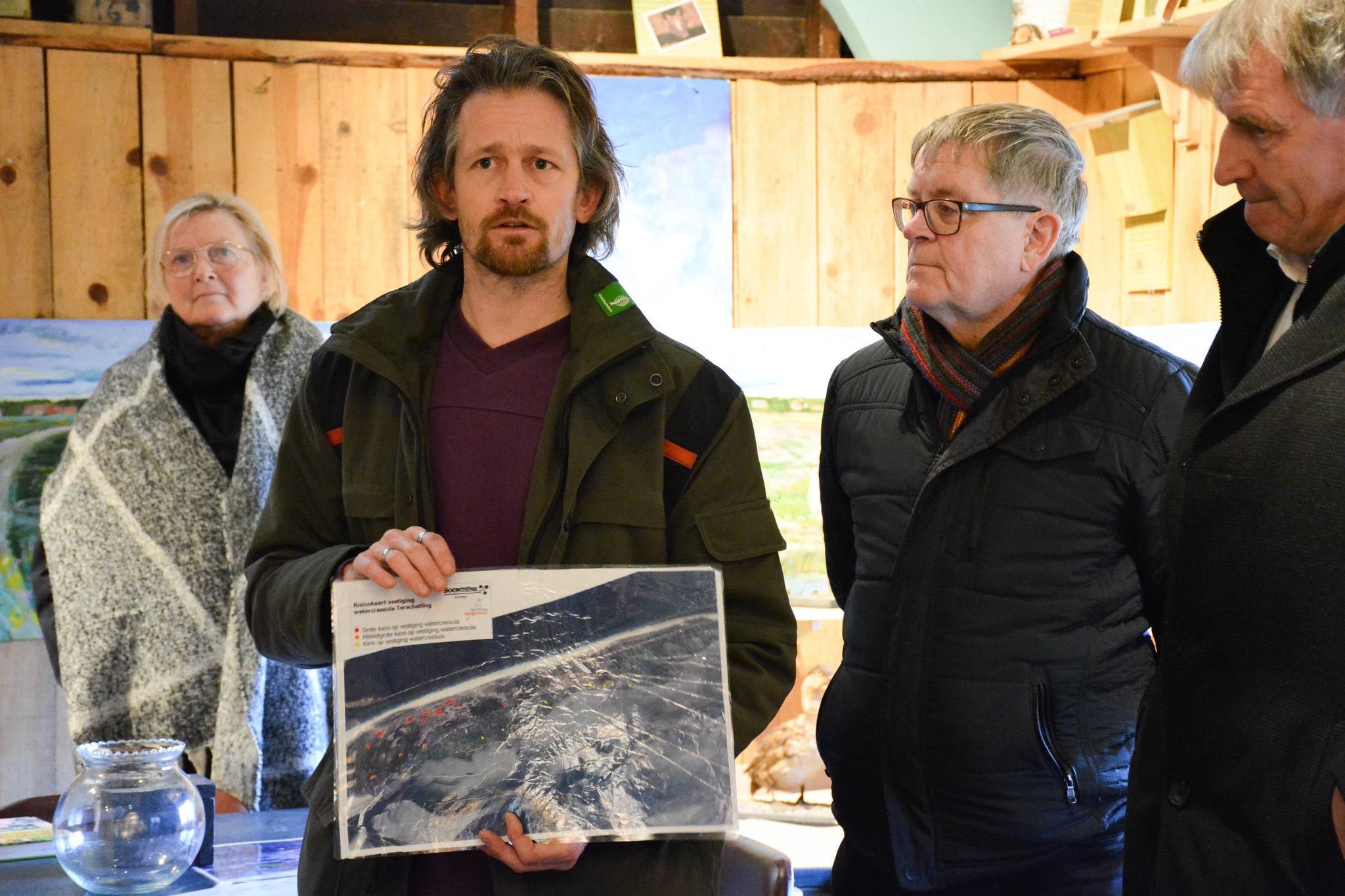 Werkbezoek Terschelling: Over verzilting van de polder en het bestreiden van watercrassula