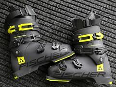 Téměř nové sjezdové lyžařské boty Fischer RC4. - titulní fotka