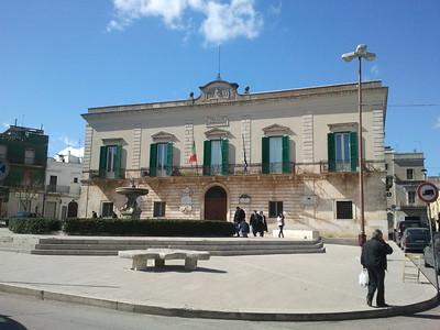 Piazza_Municipio_-_Santeramo