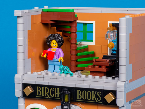 LEGO Creatro Expert 10270 Bookshop Review-15 | by DoubleBrick.ru
