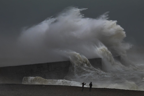 stormciara newhaven sussex england uk wave weather canon 80d 70200mmf4lis