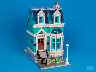 LEGO Creatro Expert 10270 Bookshop Review-19 | by DoubleBrick.ru