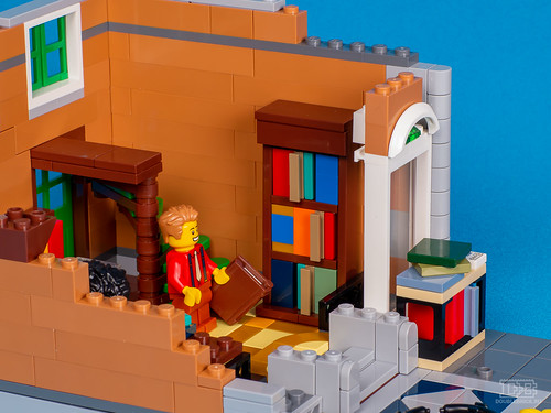 LEGO Creatro Expert 10270 Bookshop Review-18 | by DoubleBrick.ru