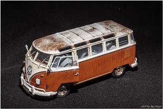 9567=Vintage VW Bus
