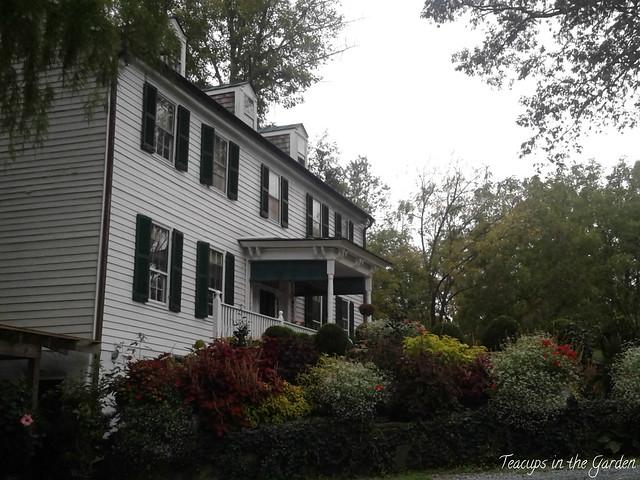 6-Springdale Village Inn