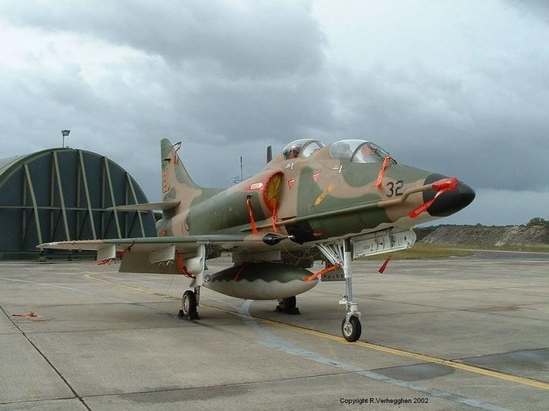 TA-4SU Skyhawk 4