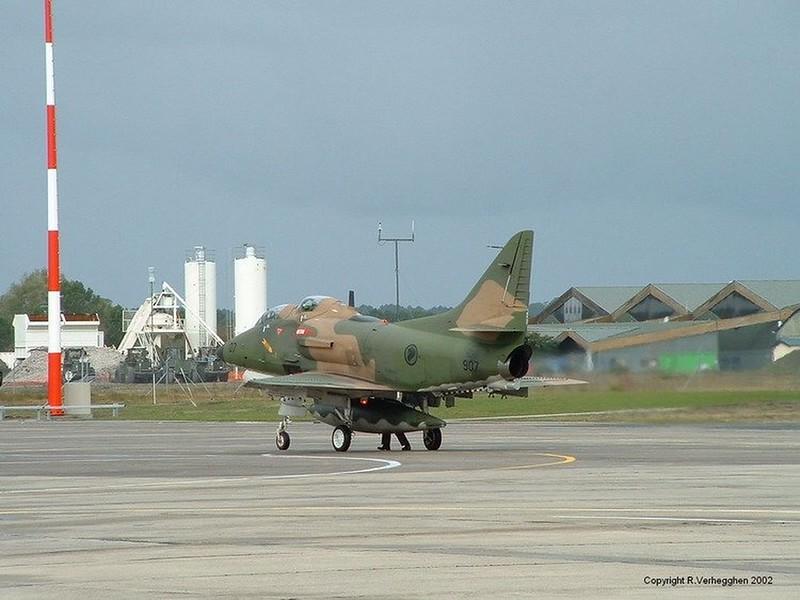 TA-4SU Skyhawk 3