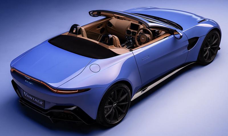 Aston-Martin-Vantage-Roadster (9)