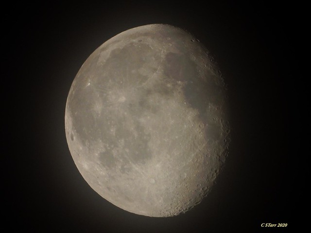 DSCN6156 shooting the moon