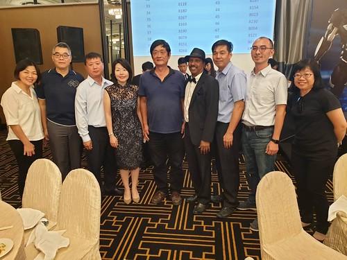圖09.CIEU晚宴,本會團員與國會議員陳慧玲(左四)、CIEU理事長Rajendran及幹部合影