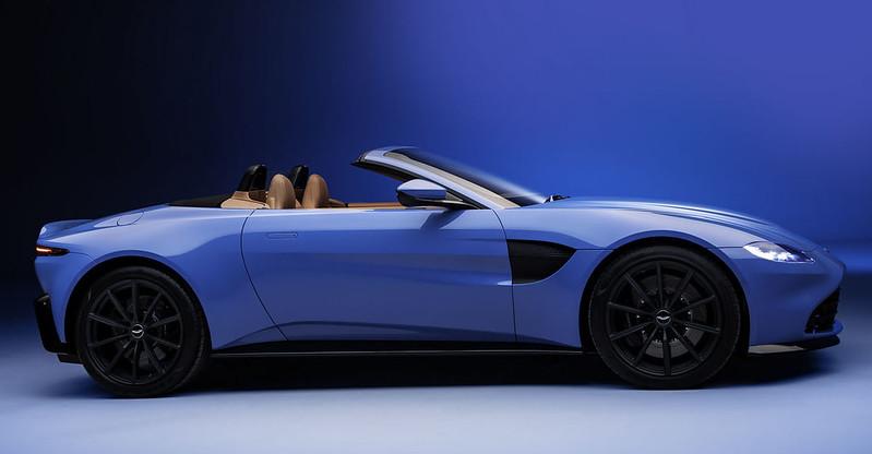 Aston-Martin-Vantage-Roadster (7)