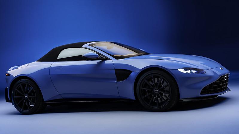 Aston-Martin-Vantage-Roadster (6)
