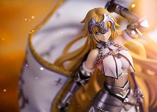純白的第三再臨造型 FLARE《Fate/Grand Order》Ruler/聖女貞德(ルーラー/ジャンヌ・ダルク)PVC塗裝完成品