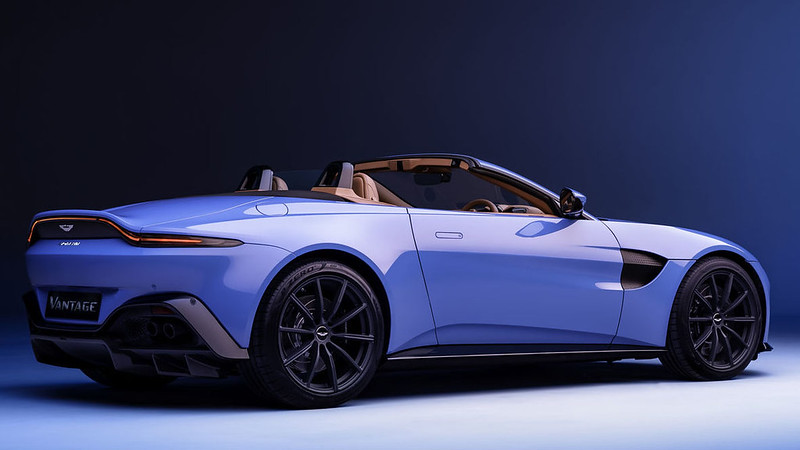 Aston-Martin-Vantage-Roadster (8)