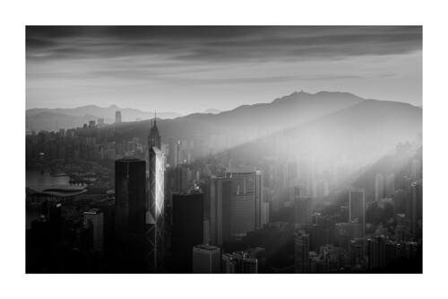 2470mmf28 2770mm 香港 a7r2 a7rii a7rm2 bank bankofchina black blackwhite bw city contrast f28 gmaster gm hk hongkong ilce7m2 landscape light magichour morning sony sunrise tower travel victoriapeak