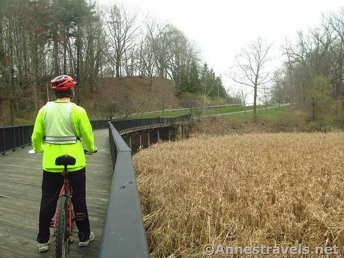 Cycling the Irondequoit Lakeside Multi-use Trail, New York