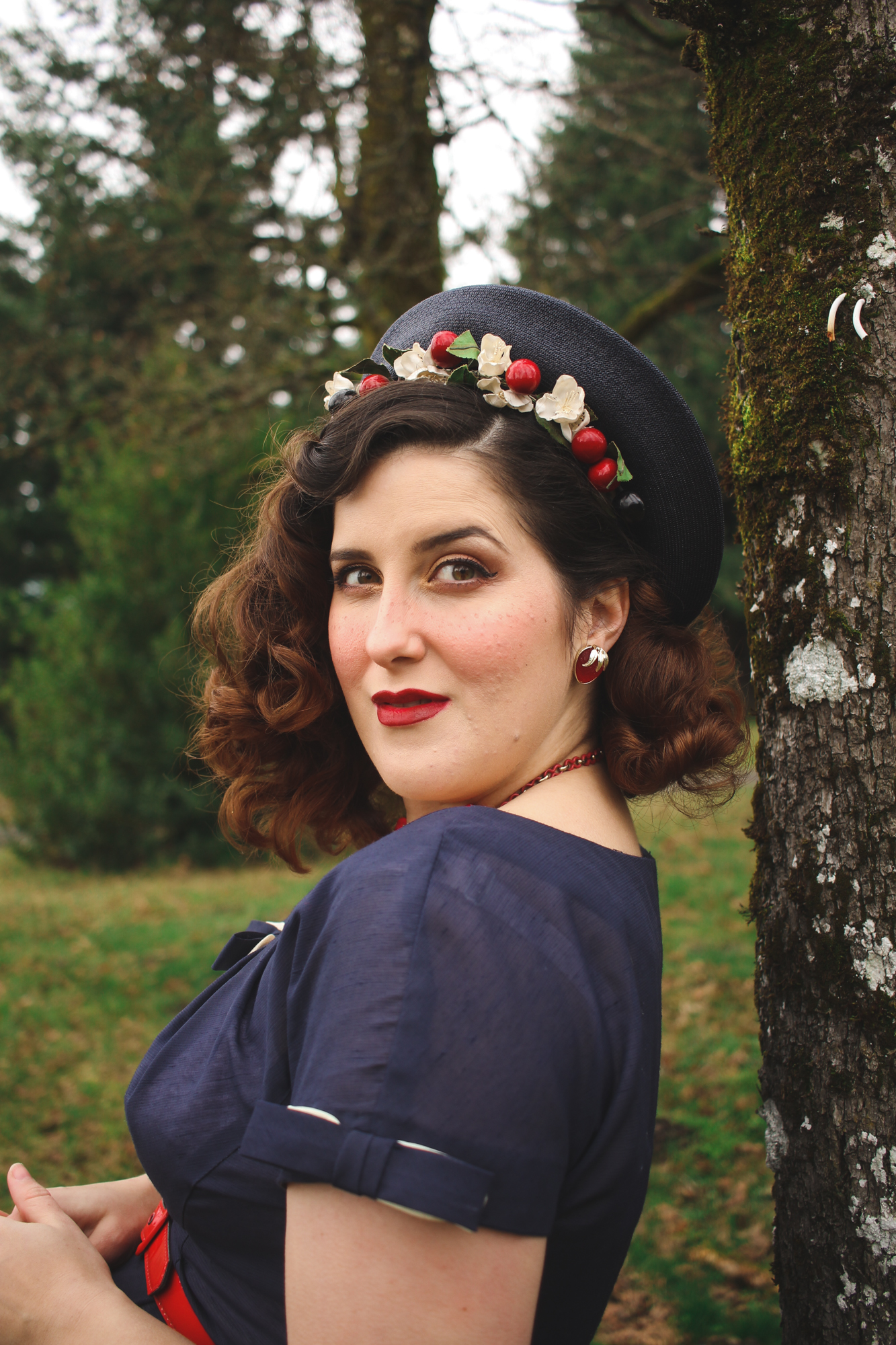 1940's hairstyle with a vintage hat